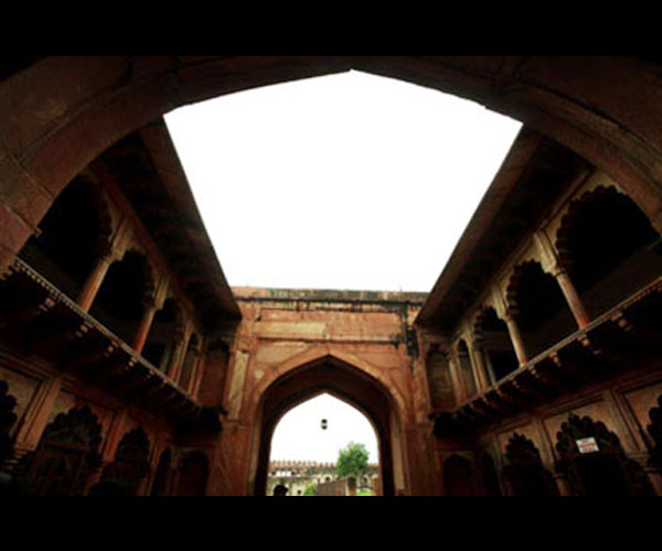 travel-Agra-F-12